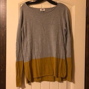 Old navy grey and yellow sweater